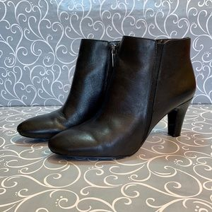 "Bandolino Black Bootie with 3""Heel 7M"